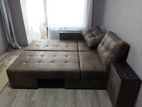 Новый диван возможно с клопами