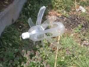 Ветряк из пластиковой бутыклки