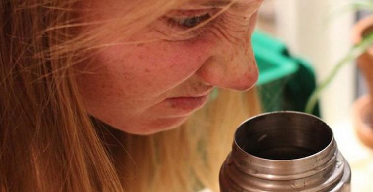 Основные причины появления стойкого аромата в термосе